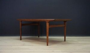 JOHANNES ANDERSEN TABLE TEAK DANISH DESIGN