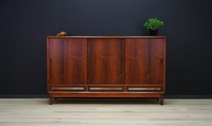 HIGHBOARD ROSEWOOD DANISH DESIGN RETRO